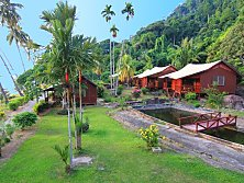 Genting Bayu Chalet's golden beach, an absolute snorkeling paradise