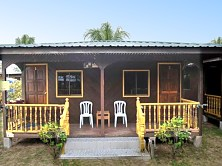Welcome to Sri Paya Tioman Chalet